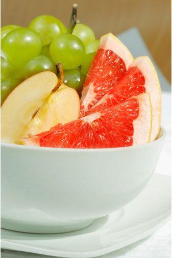 Greyfurt  Gene bolca C vitamini, karotenoid, kolesterol düşüren cinsten lif, pektin (bazı ham meyvalarda bulunan jelatinli bir madde) ve pek çok fitokemikal vardır.